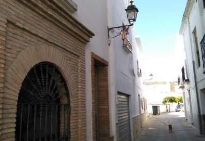 Casa adosada en calle Fuente El Arca