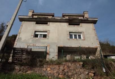 Casa en calle Barrio de La Vallina, nº 74
