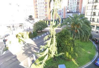 Oficina en Plaza Don Pelayo