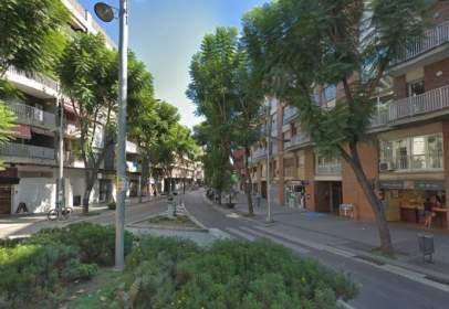 Local comercial en Av. Catalunya