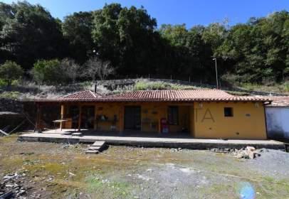 Casa en calle calle los Aceviños, nº 68