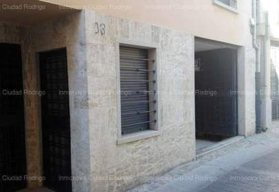 Local comercial en calle Dominguez Bordona, nº 13