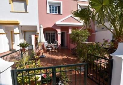 Terraced house in San Juan de los Terreros