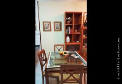 Apartment in Paseo Marítimo