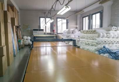 Nave industrial en M-Pla Den Boet