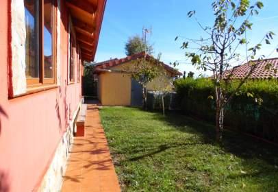 Single-family house in Pueblo Cercano A Quincoces