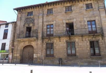 Casa unifamiliar en Avenida del Puente de Carlos LLL