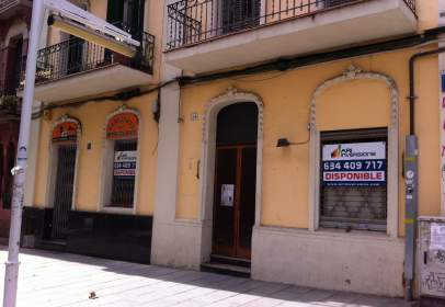 Local comercial a calle Rambla Anselm Clave, nº 16