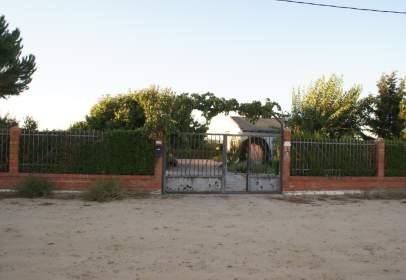 Casa en calle Moscatel