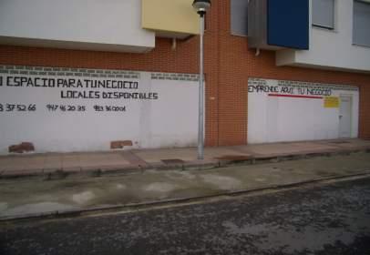Local comercial a calle de las Encinas, 5