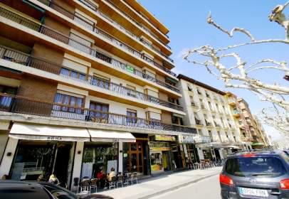 Apartament a Paseo de las Cortes de Aragón, nº 9