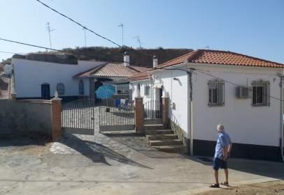 Casa en calle de Pablo Neruda