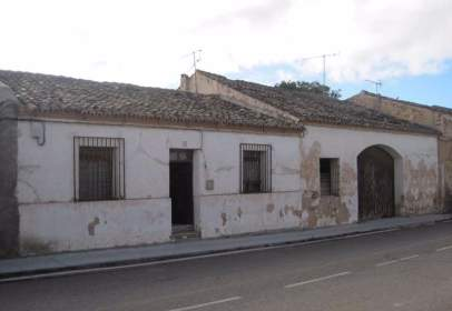 Single-family house in Avenida La Estación