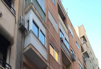 Pis a Carrer de Pablo Picasso, prop de Avinguda de José Martínez González
