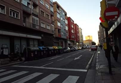 Garage in calle de Rodrigo Rebolledo