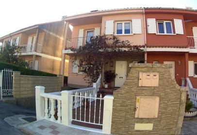 Casa pareada en Urbanización El Sol