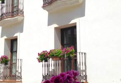 Studio in calle del Arrabal, near Calle de Pepelargo