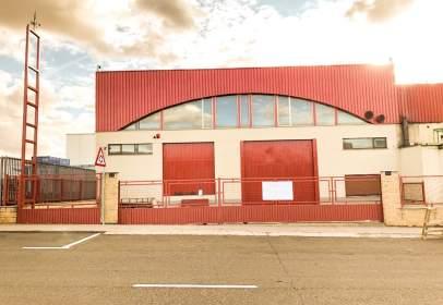 Industrial Warehouse in calle Tierra de Campos, nº 58