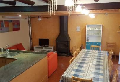 Casa rústica a Carrer d'Escoles, nº 19
