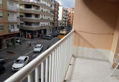 Piso en Avenida del País Valenciano, nº 21