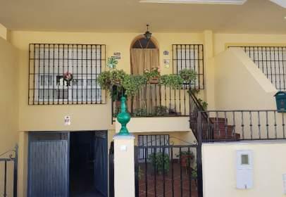 Casa unifamiliar en Avenida Fernando de los Rios, nº 18