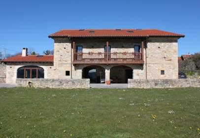 Casa a Carretera San Esteban de Cerrazo, nº 24