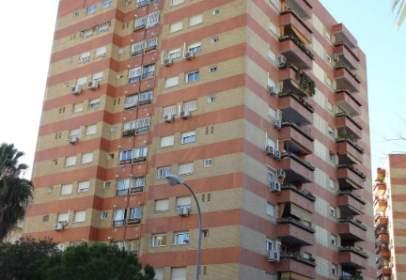 Flat in calle Avión Cuatro Vientos , nº 8
