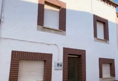 Casa adossada a calle Real, nº 9