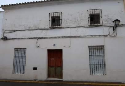 Casa adosada en calle del Altozano, 12