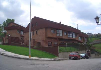Terraced chalet in calle Catedratico Adolfo Alvarez Buylla, nº 59