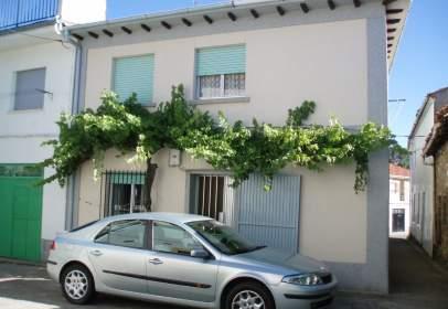 Casa pareada en calle de Filiberto Villalobos, 13