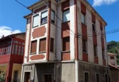 Casa unifamiliar a calle Collanzo- Aller, nº 38