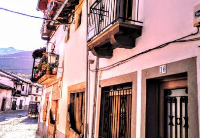 Casa unifamiliar en calle Hermanos Vallejera, nº 16