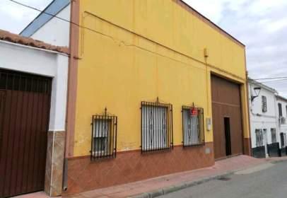 Industrial building in calle de la Patrona, 26
