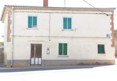 Casa unifamiliar a Avenida San Roman, nº 38