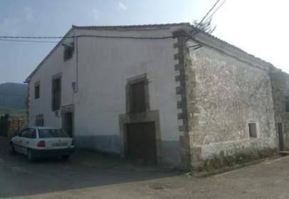 Casa unifamiliar en Avenida Barrio Pando , nº 2