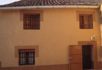 Casa rústica a calle de La Iglesia, nº 1