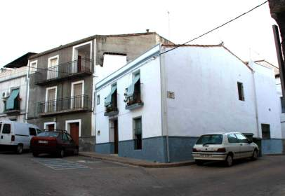 Paired house in calle del Duque, nº 2