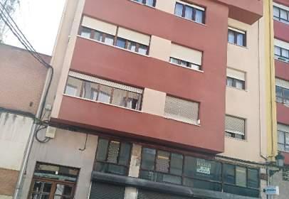 Piso en calle de Luis Armiñán, nº 3