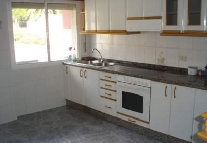 Flat in calle Rua Xeral, nº 64