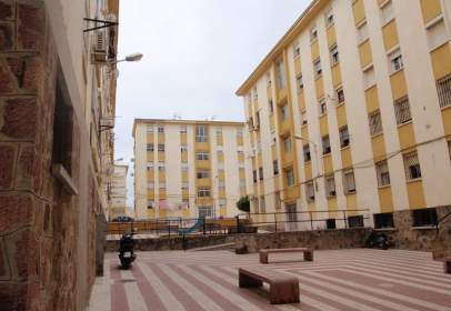 Pis a calle Barriada José Zurrón C/Neptuno, nº 35