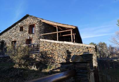 Rustic chalets in calle Colada, nº 11