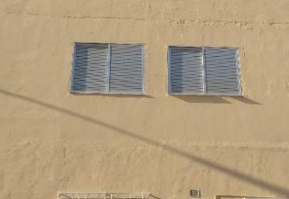 Casa unifamiliar en calle Albania, nº 10