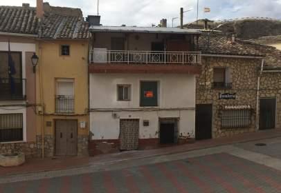 Casa adosada en Plaza de España, 6