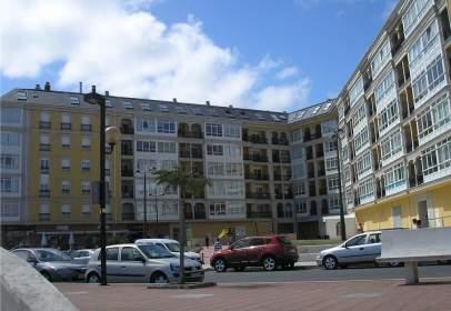 Apartament a Paseo Colon, nº 3