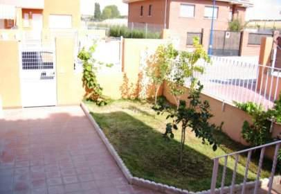 Xalet adossat a Urbanización Eras de San Sebastian, calle Avila, nº M3-1