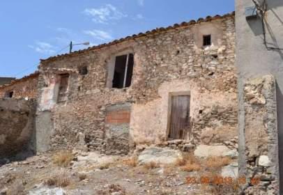 Casa adosada en calle Fuentecilla, nº 5