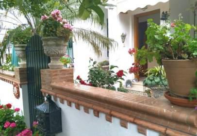 Casa adosada en calle Francisco Rivera Paquirri nº 9, nº 9