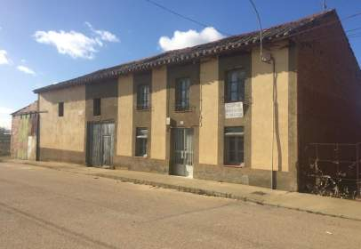 Casa rústica a calle de Lordemanos, 14