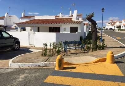 Chalet unifamiliar en Avenida Pueblo Andaluz, nº 74